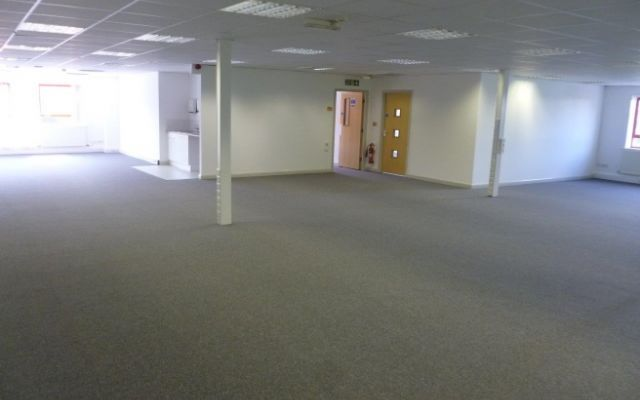 Modern business park offices with attractive incentives & flexible terms.