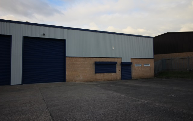 Modern, refurbished industrial unit within just 0.5 miles of the M1 motorway.