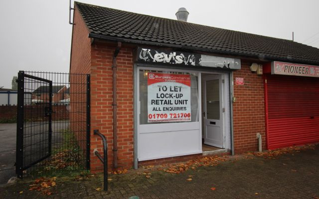 Lock-up retail sales shop to let in Thurcroft.