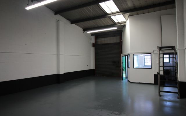 Modern industrial units & trade counter units to let.